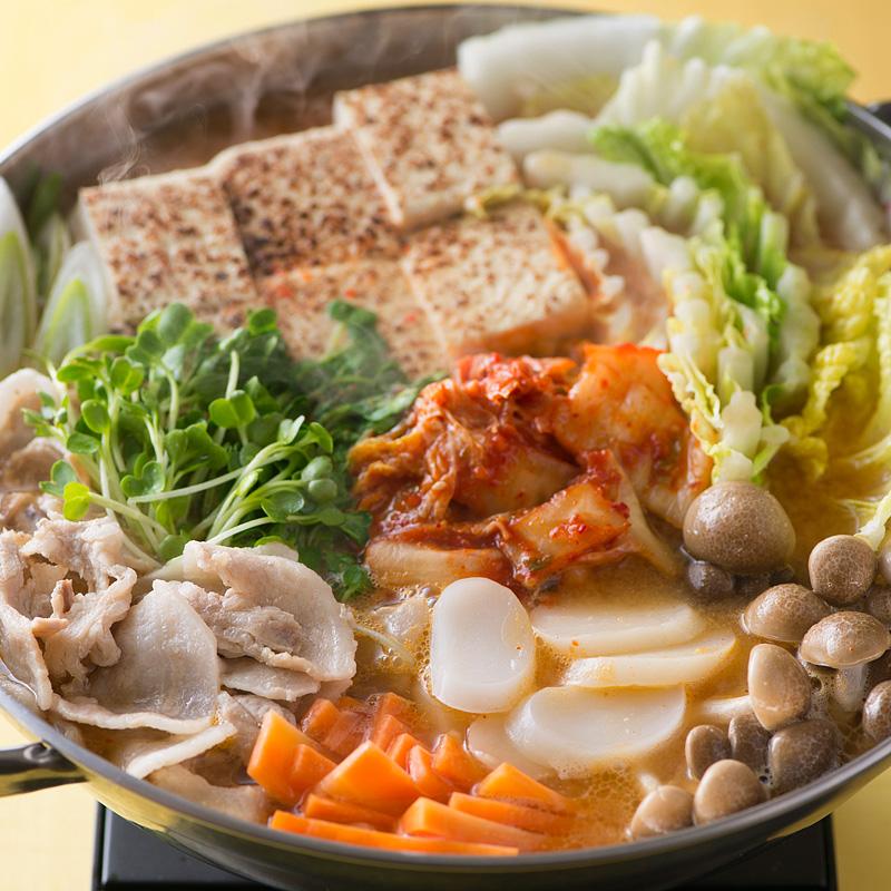 トック入りキムチ鍋
